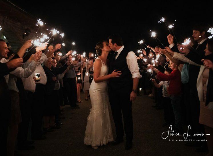 csillagszoró esküvő